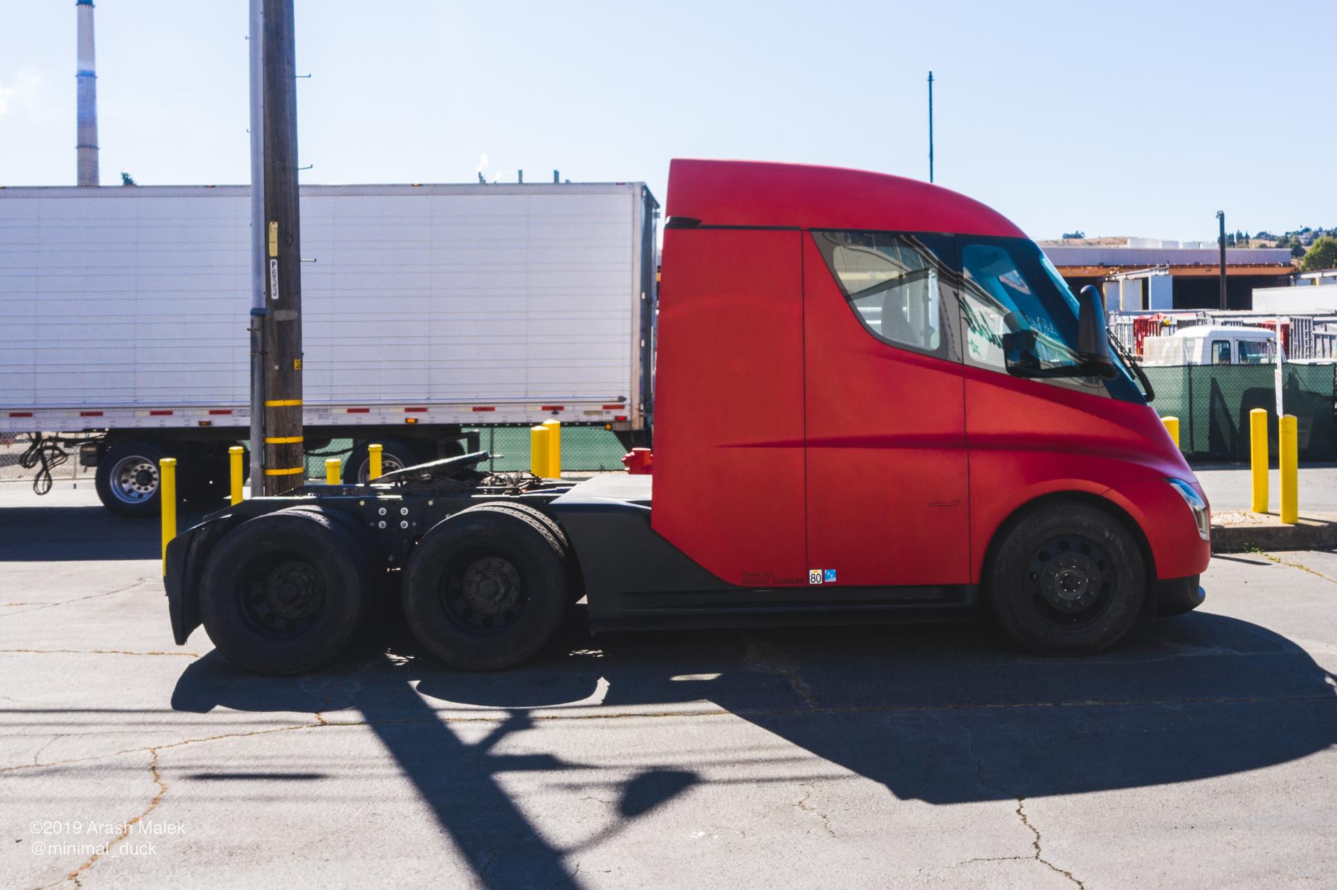 tesla-semi-yandell-truckaway-2