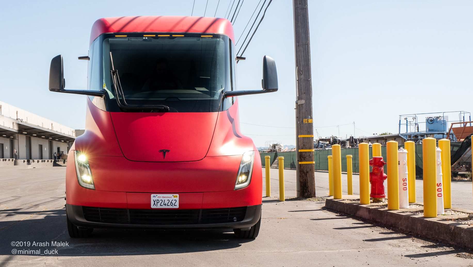 photo of Tesla adds several new Semi jobs to Gigafactory 1 image