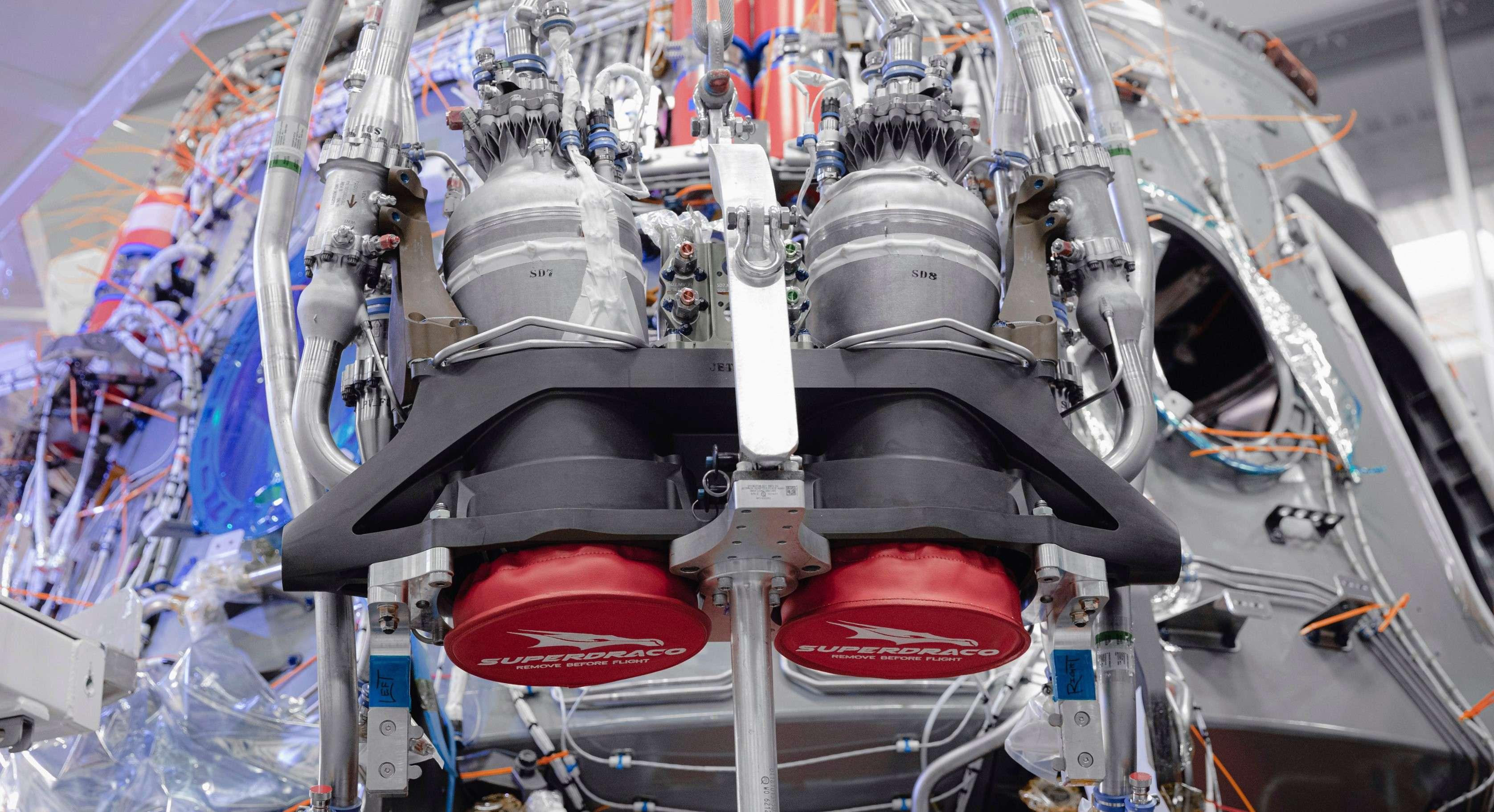 Crew Dragon C206 Demo-2 SuperDraco install Oct 2019 (SpaceX) 1 crop (c)