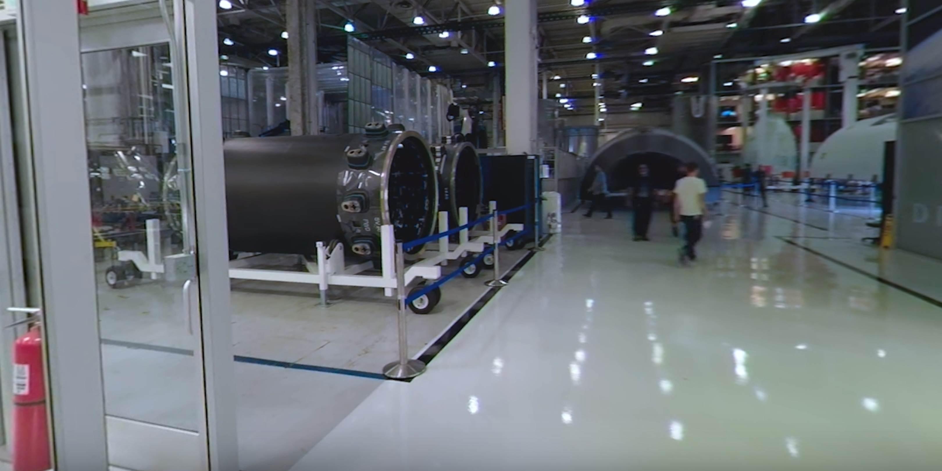 Hawthorne tour 2019 (NASA) composites production 1