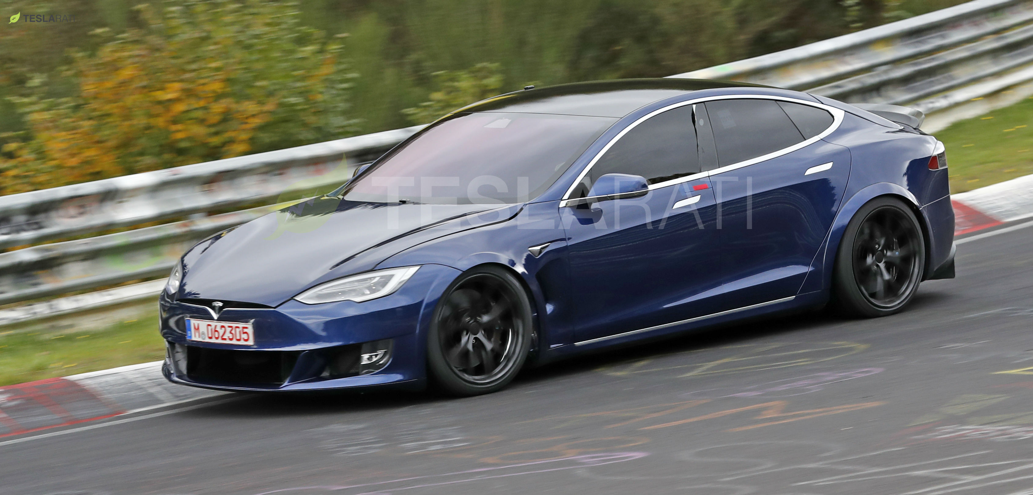 Blue Tesla Model S Plaid Nurburgring 13