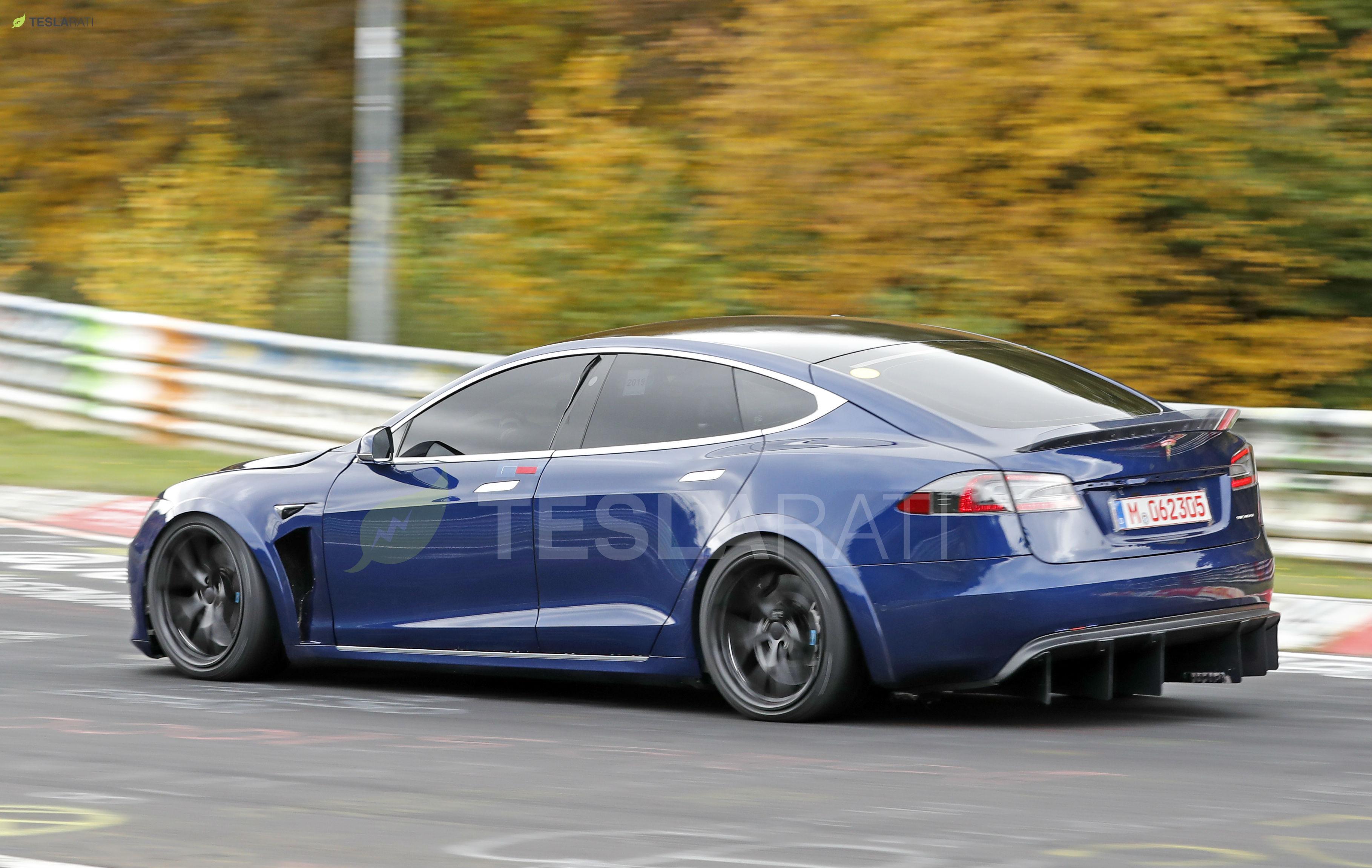 Blue Tesla Model S Plaid Nurburgring 17