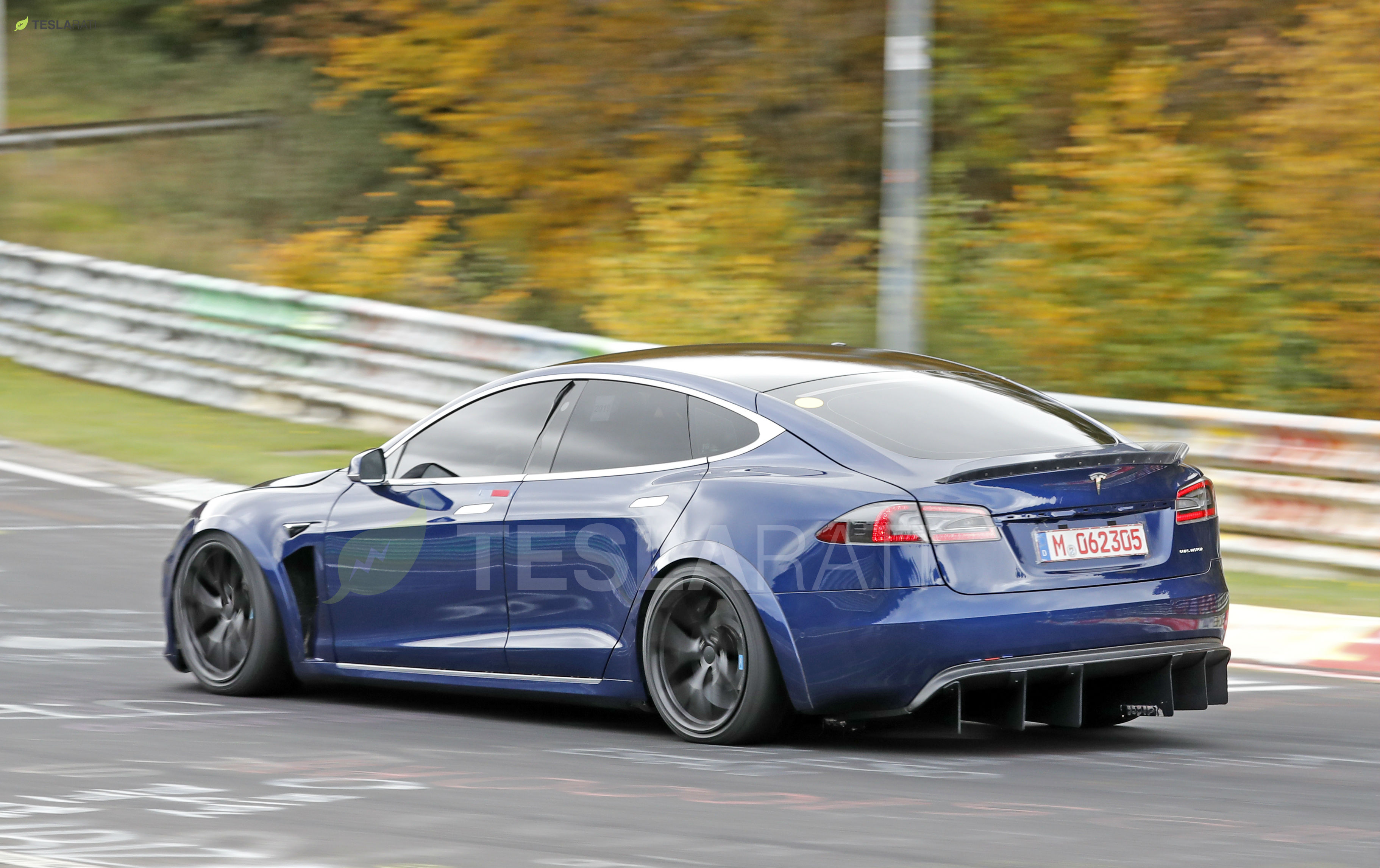 Blue Tesla Model S Plaid Nurburgring 18