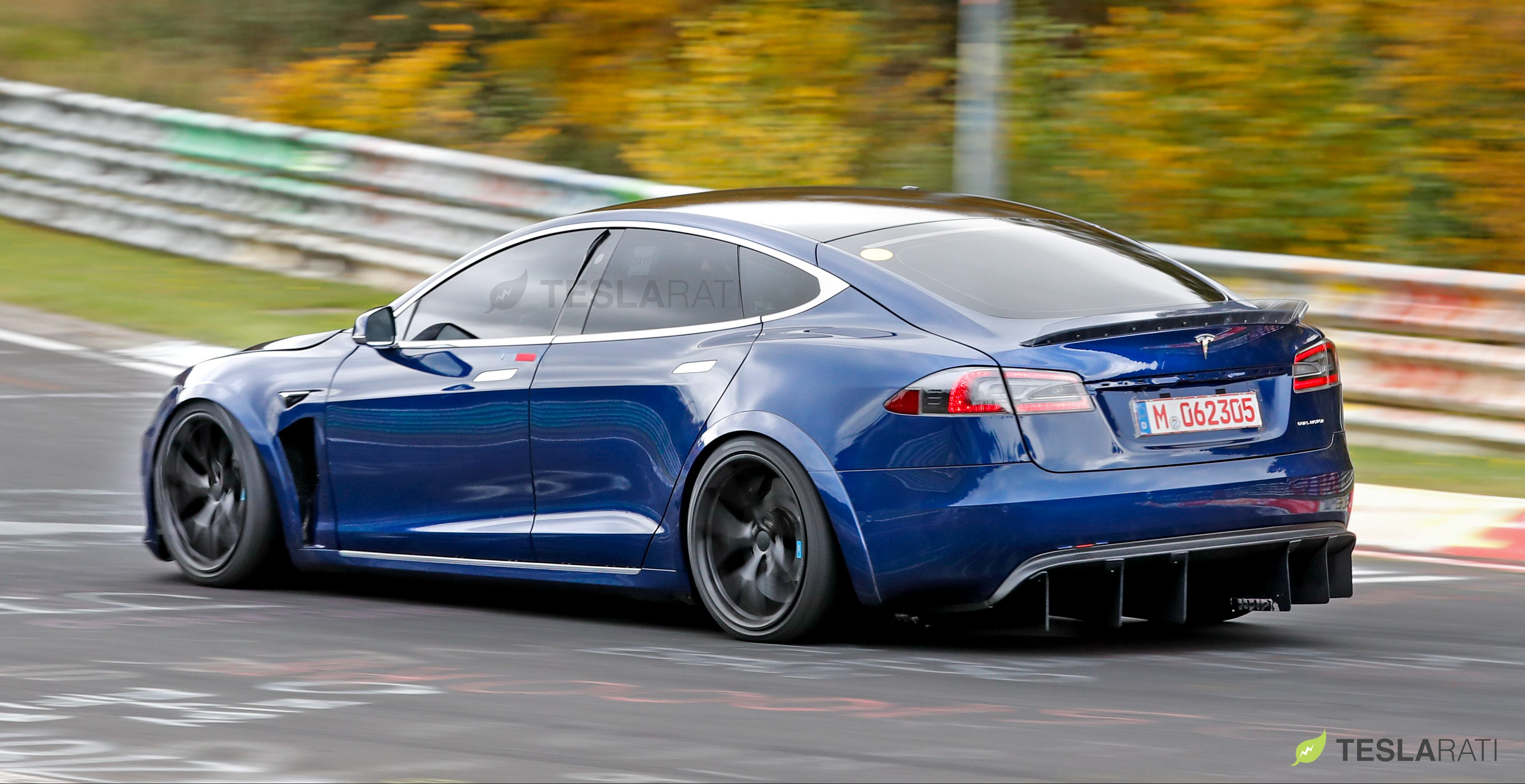 Tesla-Model-S-P100D+Plaid-Nurburgring-18