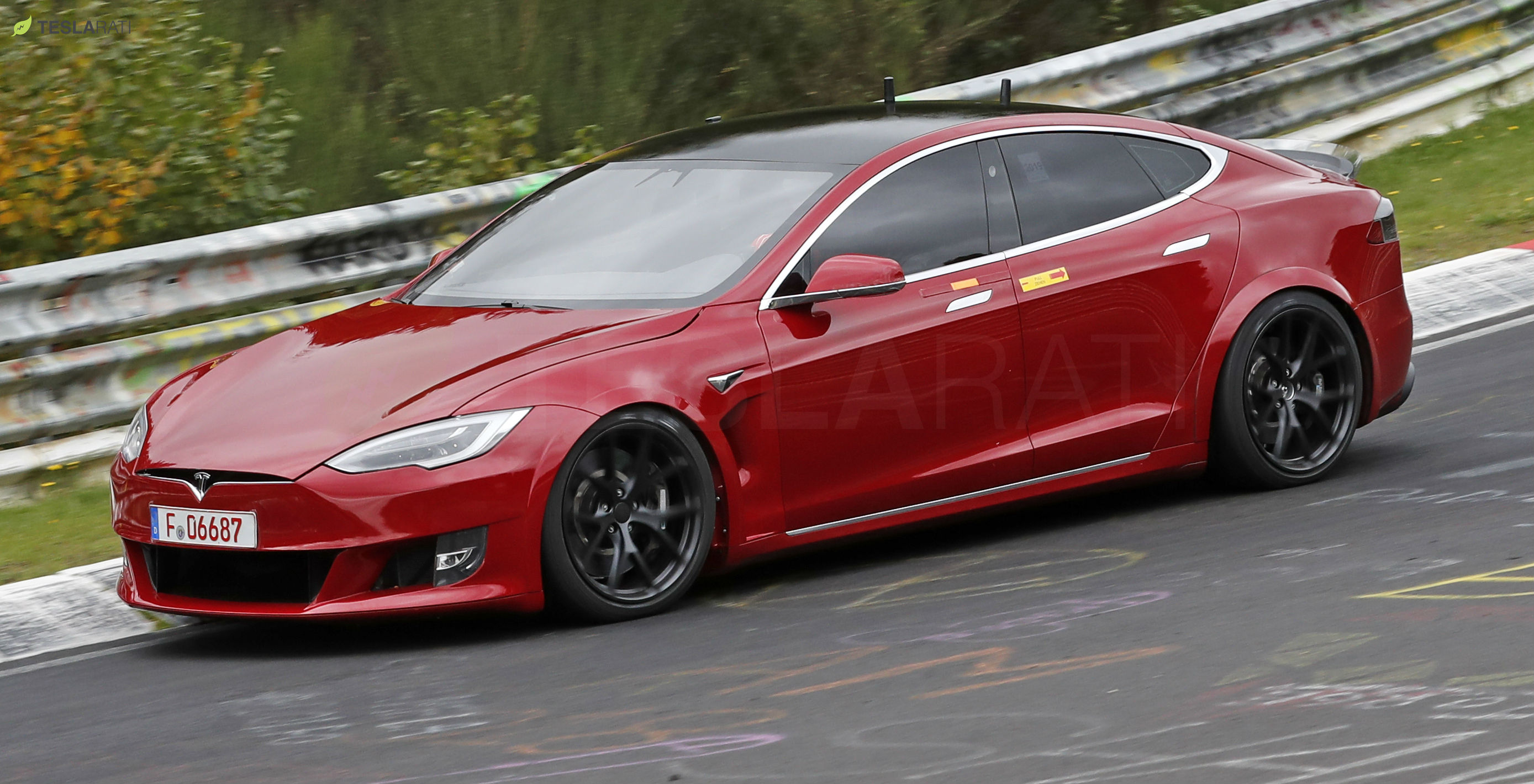 Tesla Model S Plaid Nurburgring 3
