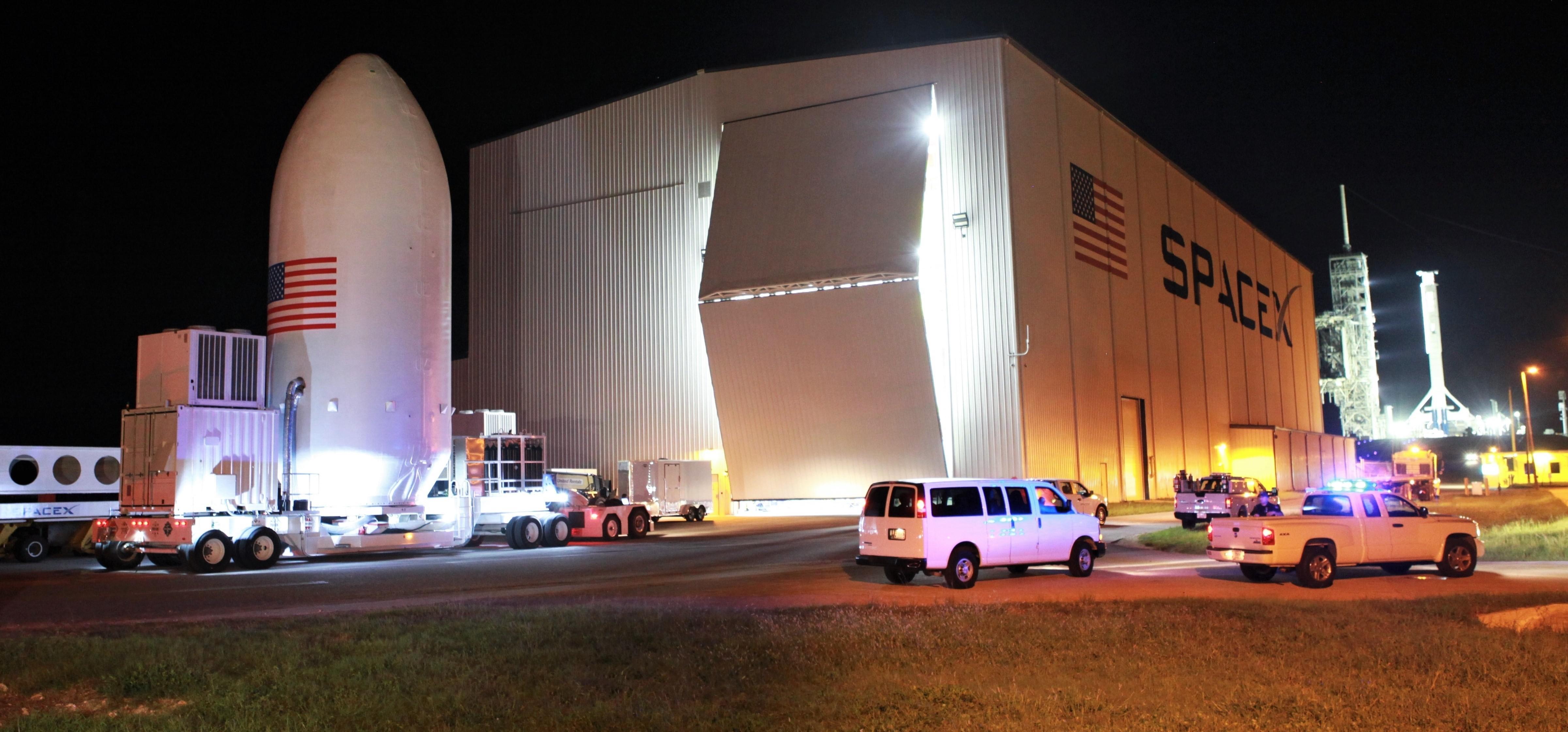 X-37B OTV-5 Falcon 9 fairing 39A arrival Sept 2017 (USAF) 1