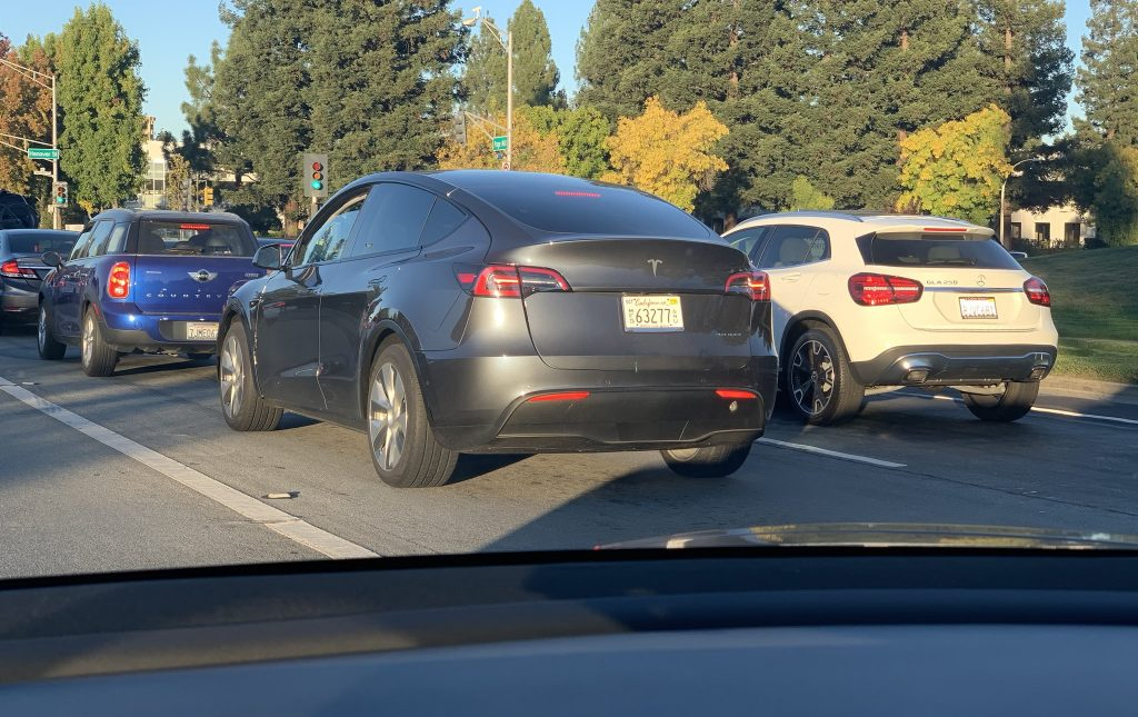 Tesla Model Y spotted by Model 3 owner in real world traffic conditions