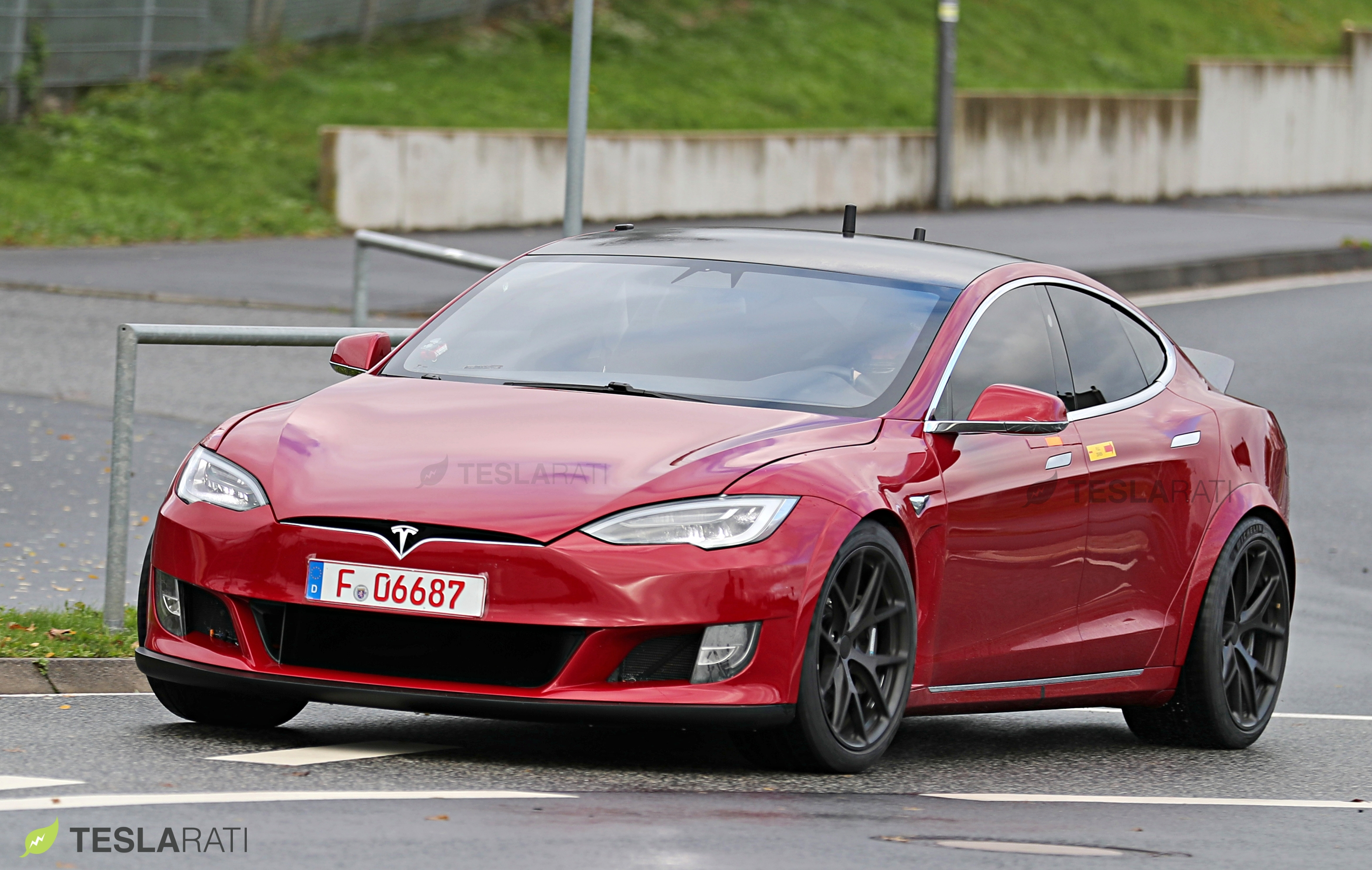 Red Tesla Model S P100D+ front
