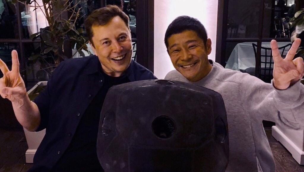 SpaceX Starhopper thruster pod Elon Musk gift (Yusaku Maezawa) 1 crop