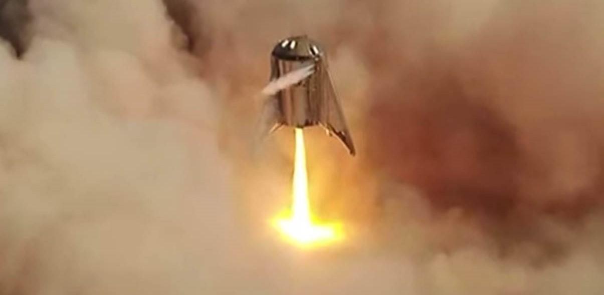 Starhopper flight 2 082719 (SpaceX) liftoff 9 crop