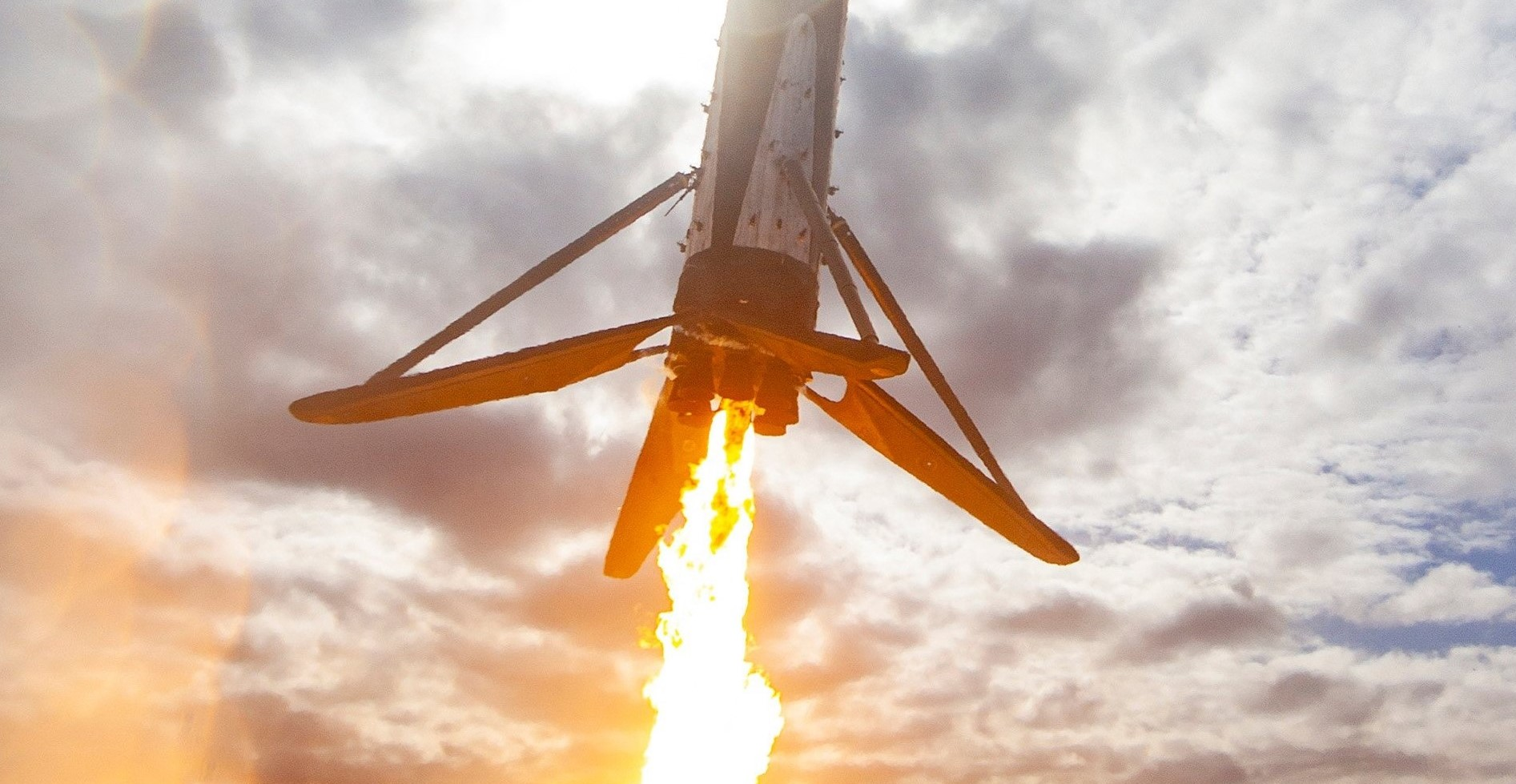 SpaceX's surprise Falcon 9 drone ship landing explained ahead of Cargo Dragon launch