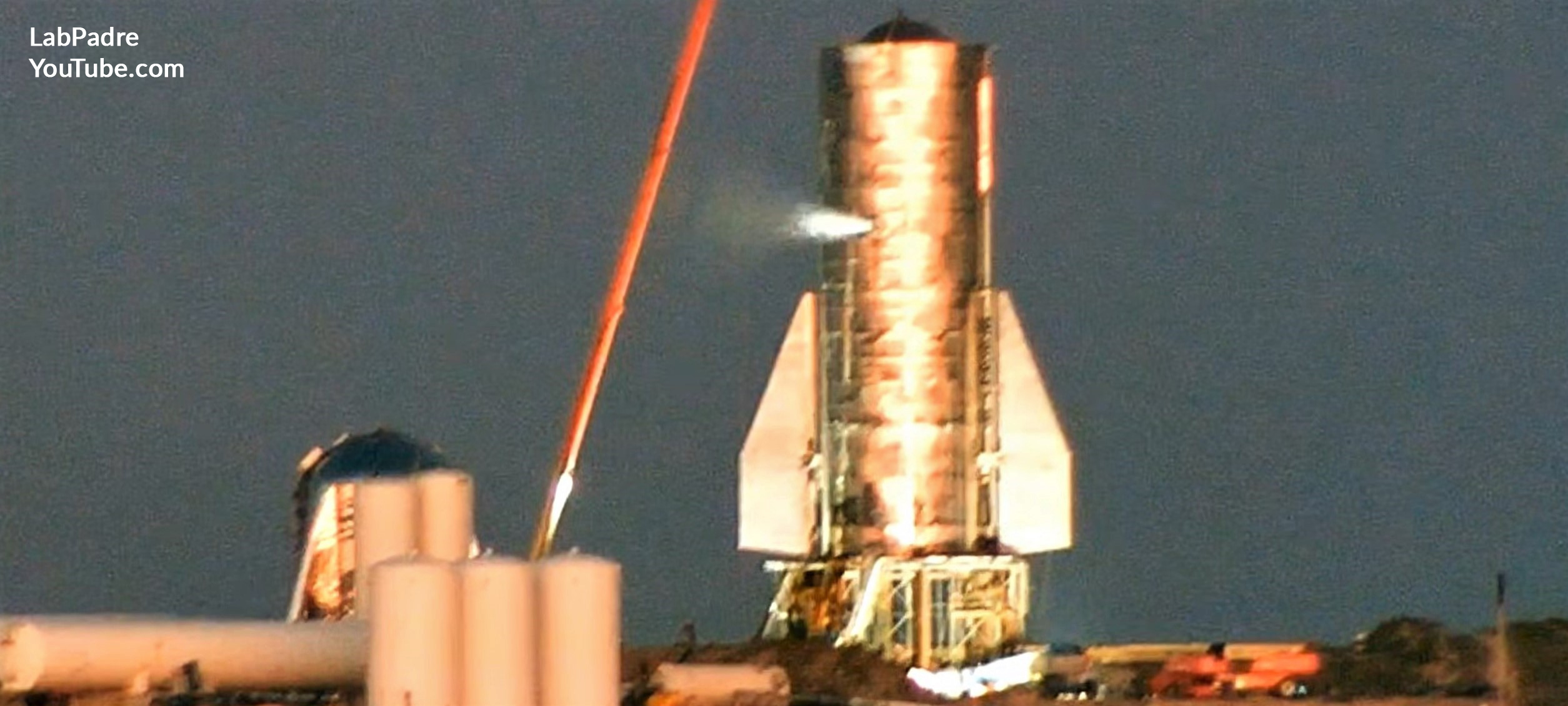 Spacex S Starship Comes To Life For The First Time In Lead
