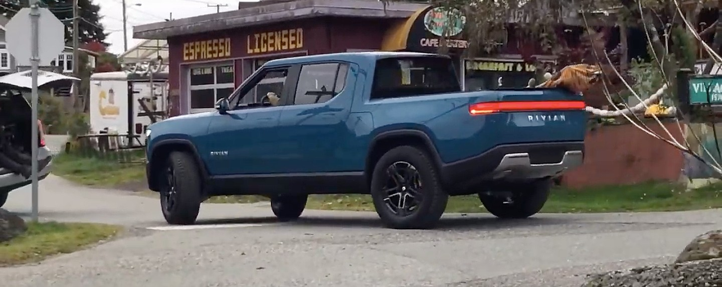 rivian-r1t-spotted-near-vancouver-bc