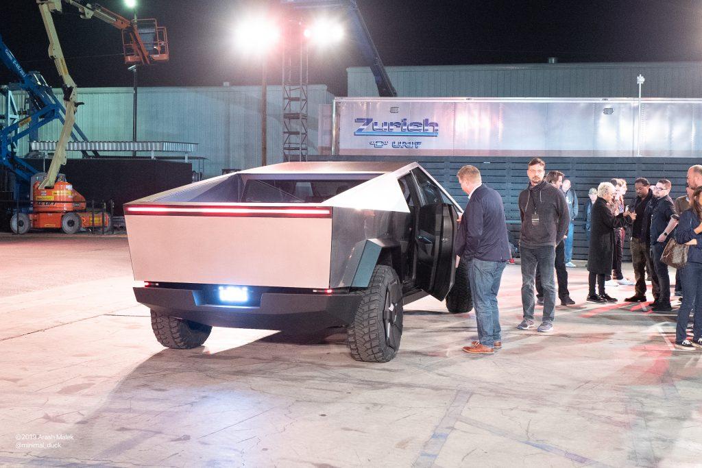 Tesla S Elon Musk Explains Cybertruck S Adaptive Air