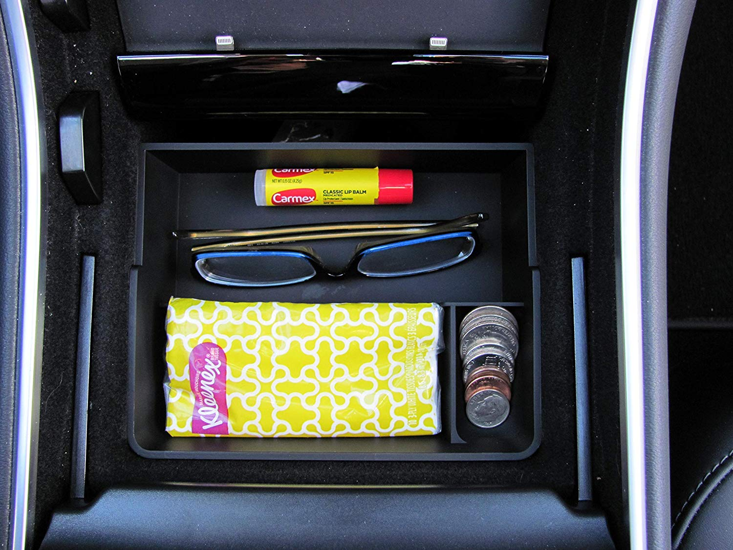 tesla-model-3-center-console-organizer