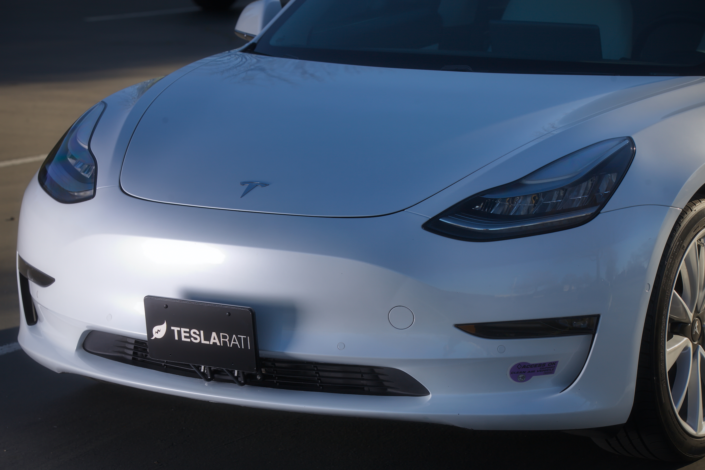 tesla-model-3-front-license-plate-mount-headlights