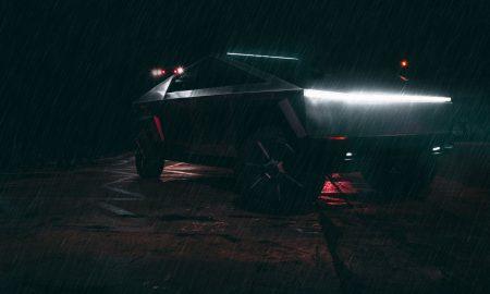 Tesla CyberTruck in the rain (Credit: Arash Malek)