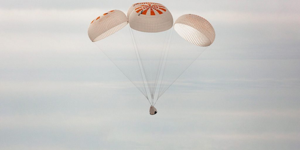 SpaceX leaps closer to launching NASA astronauts after parachute testing milestone - Teslarati