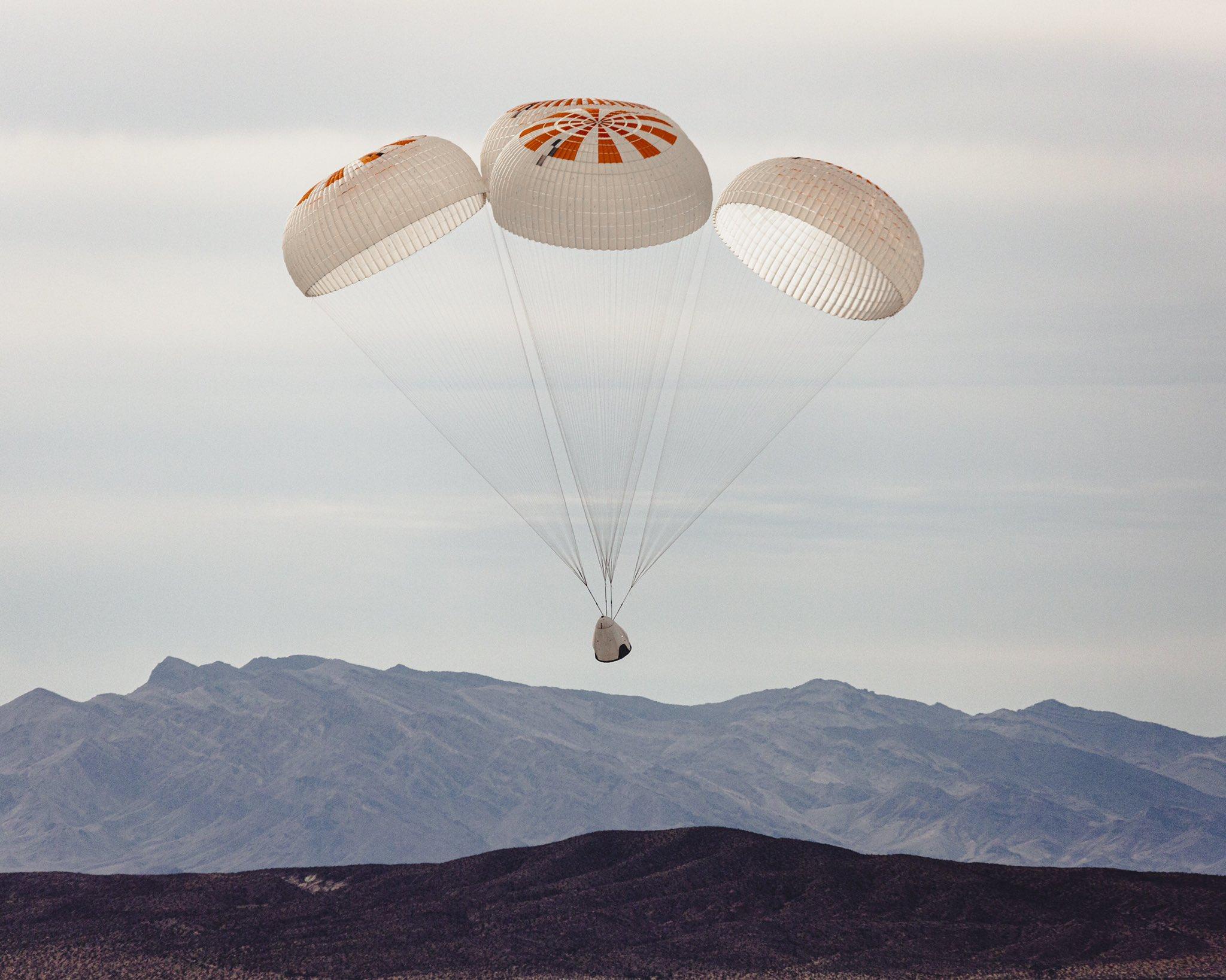 Crew Dragon Mk3 four parachute testing Dec 2019 (SpaceX) 10th test 1