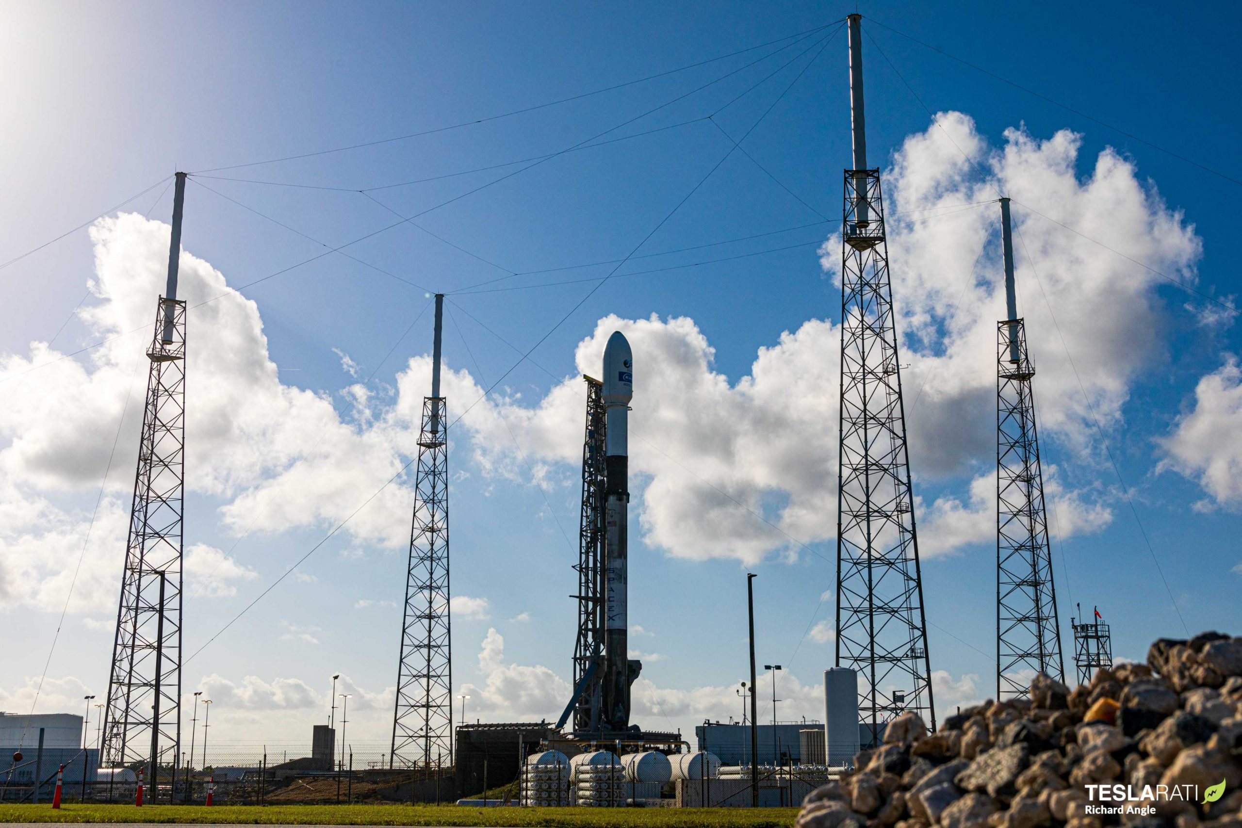 Kacific-1 Falcon 9 B1056 LC-40 121519 (Richard Angle) (3) (c)