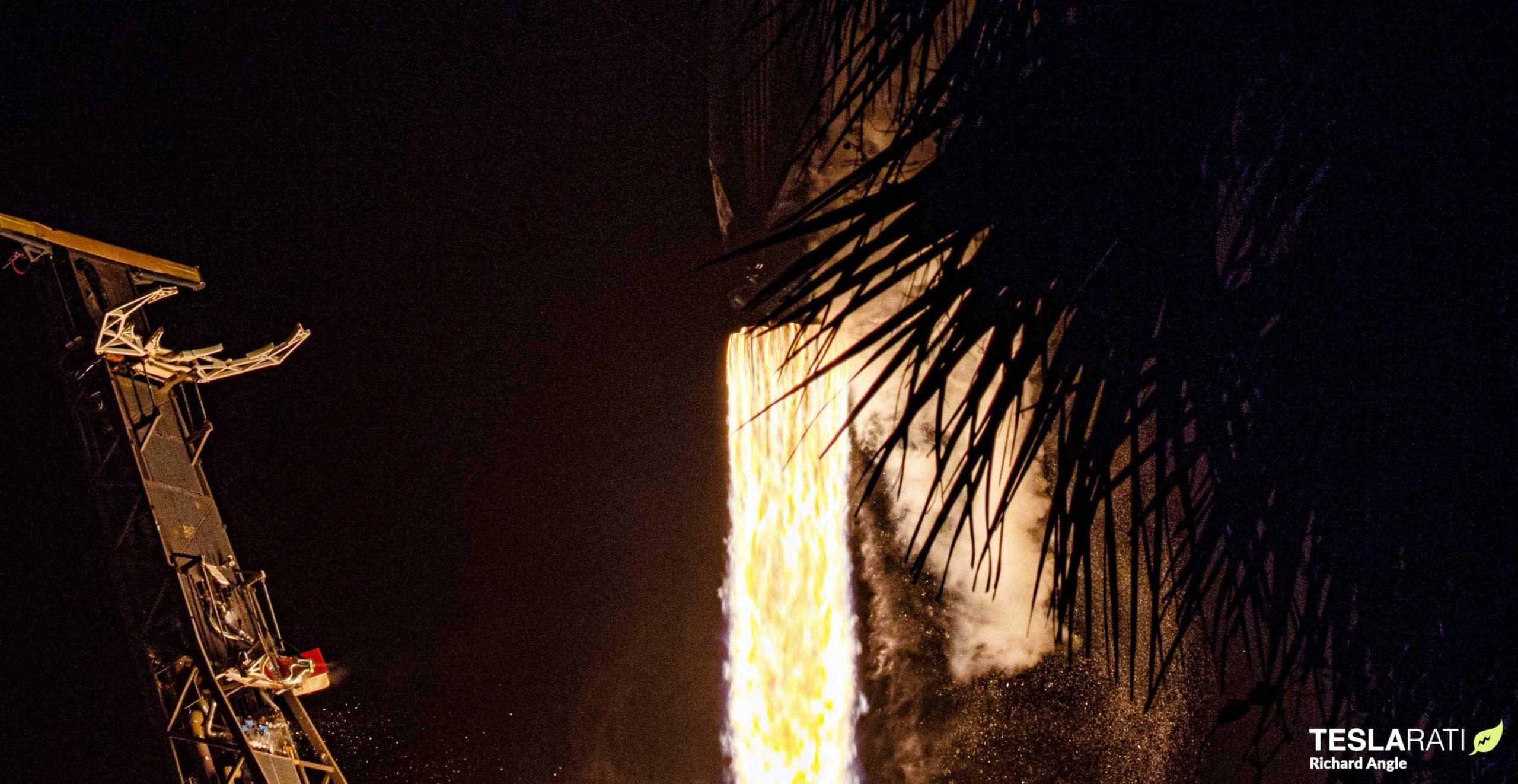 Kacific-1 Falcon 9 B1056 LC-40 121619 (Richard Angle) liftoff 3 crop (c)