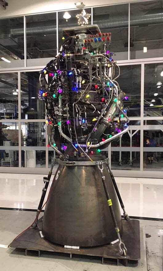 Spacex S Quot Christmas Tree Quot Is A Raptor Engine For The Holidays