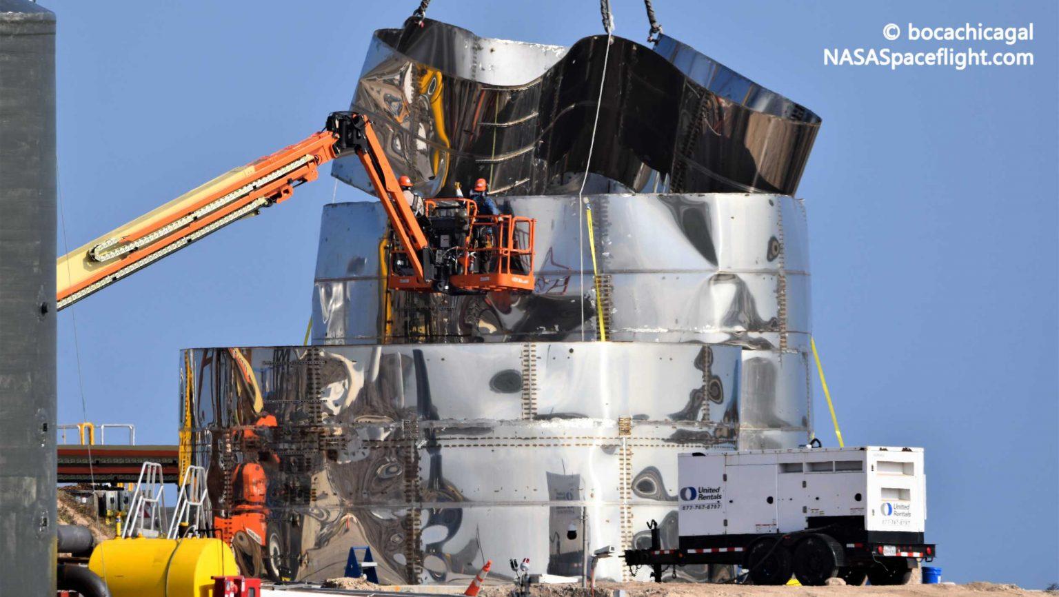 https://www.teslarati.com/wp-content/uploads/2019/12/Starship-Mk1-120819-NASASpaceflight-bocachicagal-disassembly-3-crop-c-1536x866.jpg