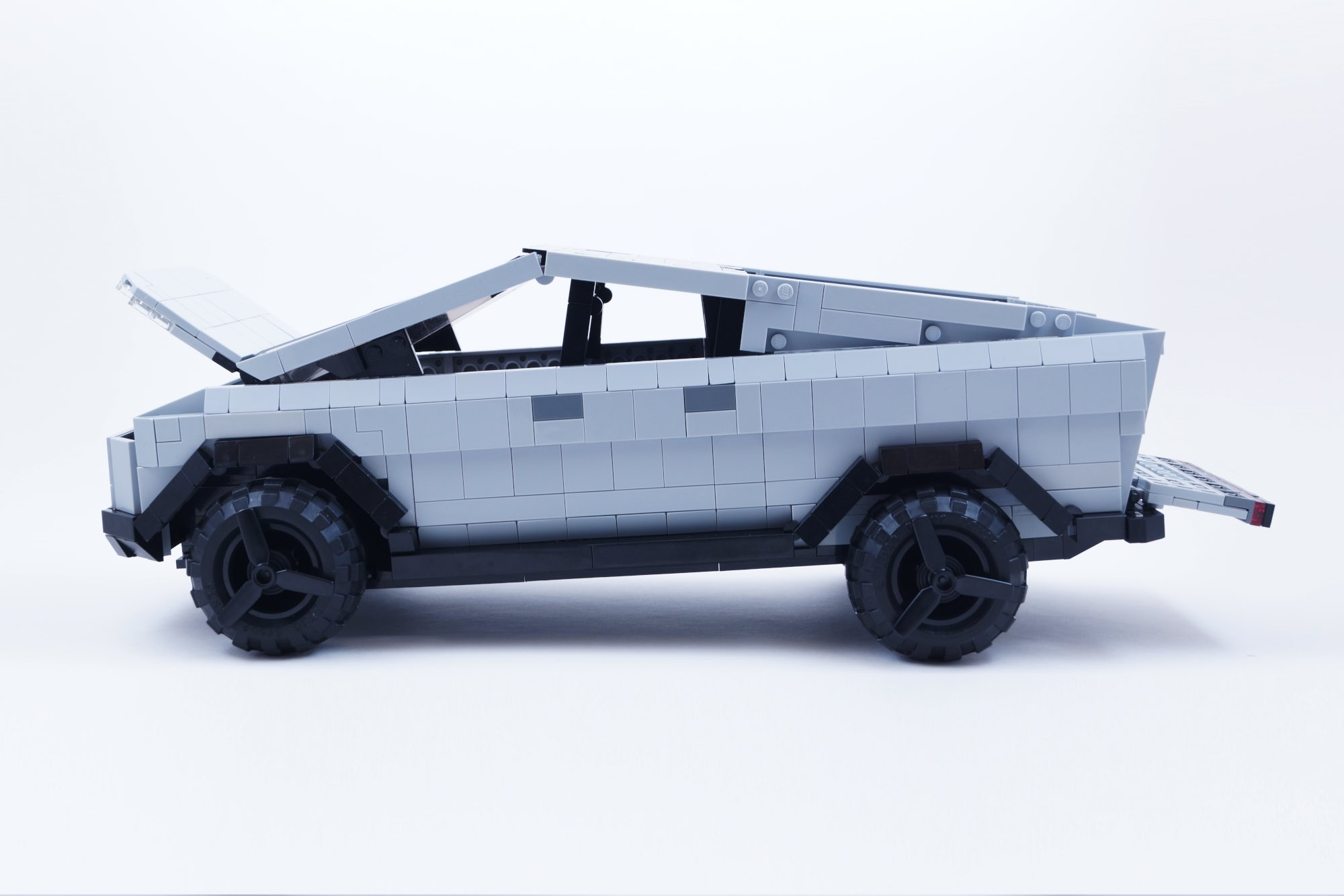 Tesla Cybertruck Lego Ideas 3