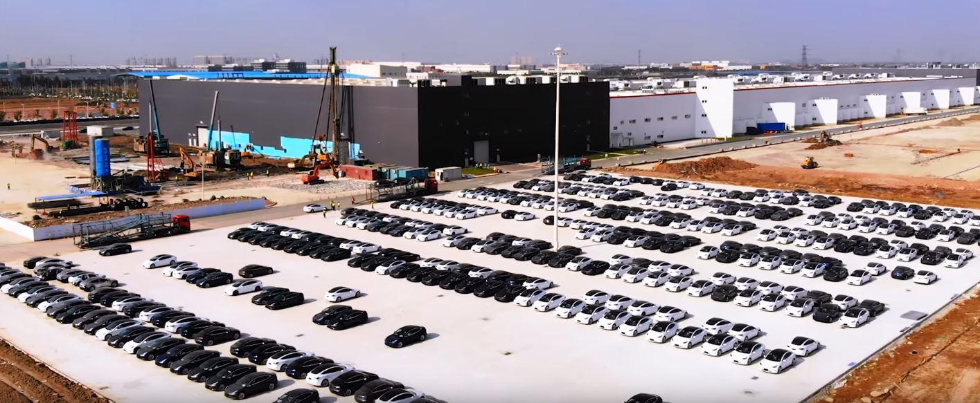 Tesla Model 3 Deliveries from Gigafactory Shanghai