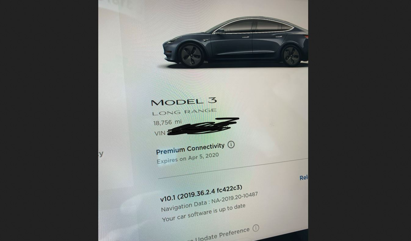 Tesla owners can now view their 'Premium Connectivity' expiry dates from their cars