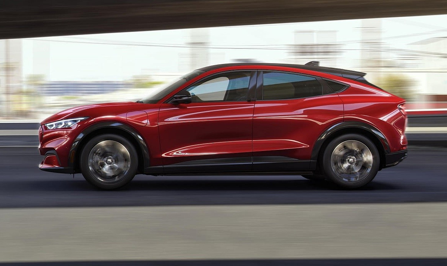 Tesla Model Y rival Ford Mustang Mach-E gets its first early review - Teslarati