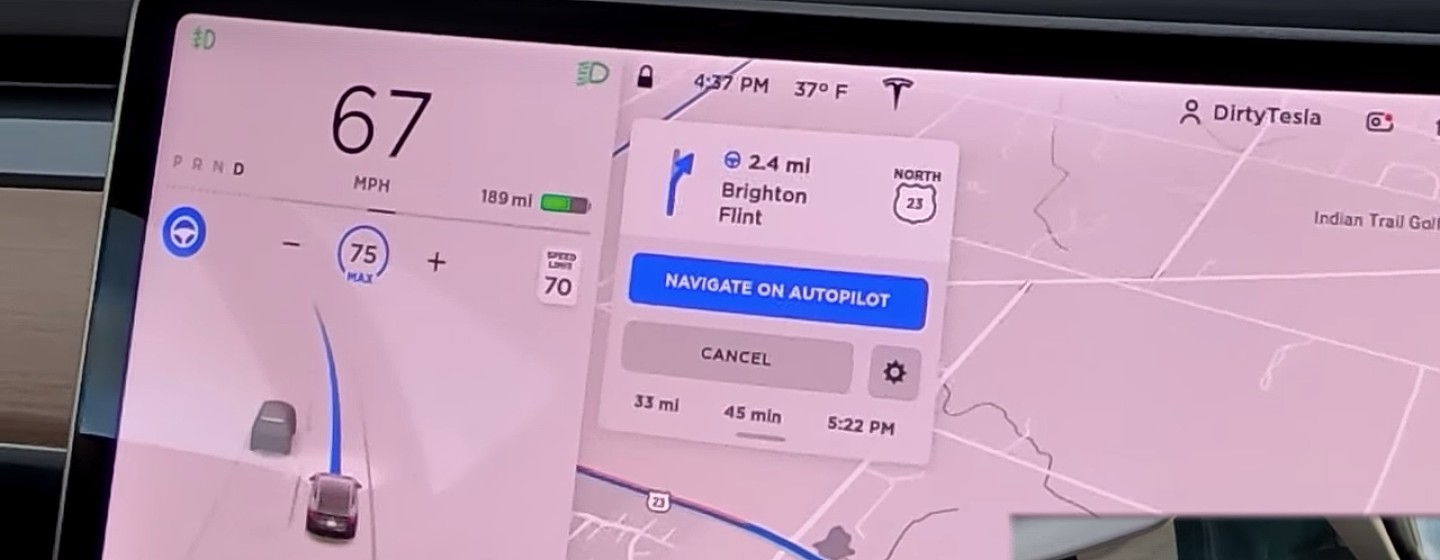 tesla-adjacent-lane-speed-adjustment-feature-software-update