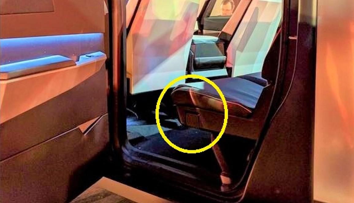 tesla-cybertruck-rear-seat-lever