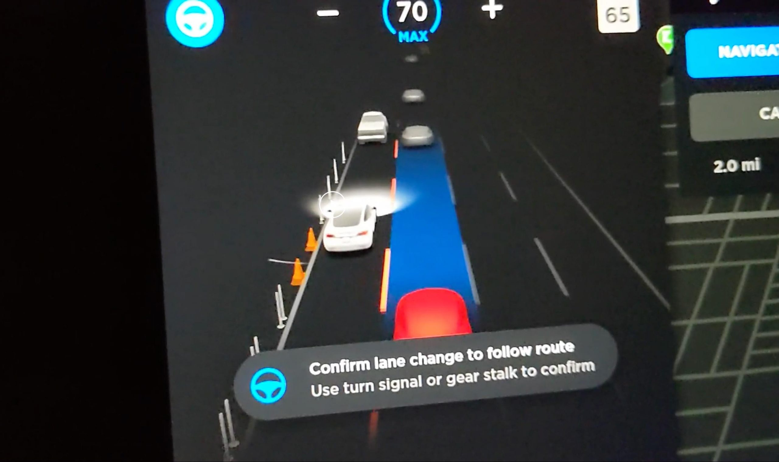 Tesla Autopilot Full Self-Driving detects pylons and traffic cones