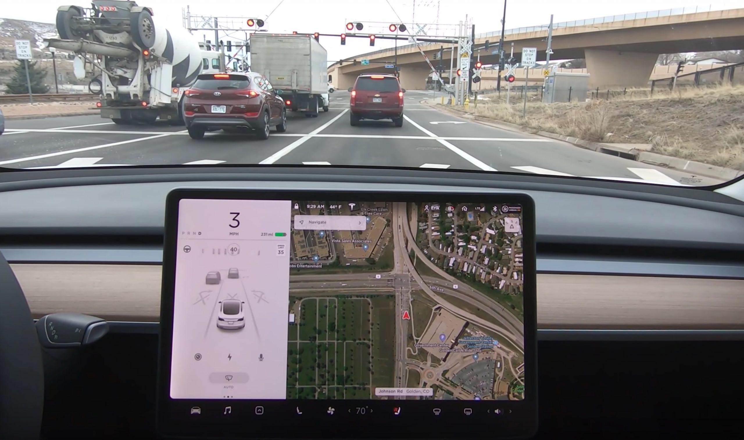 Tesla detects railroad markings
