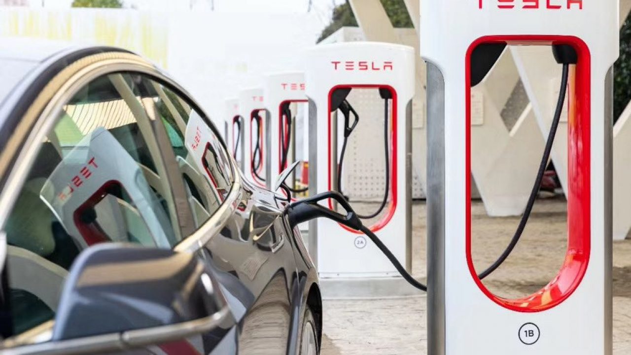 Tesla addresses Coronavirus in China giving owners free Supercharging amid global outbreak