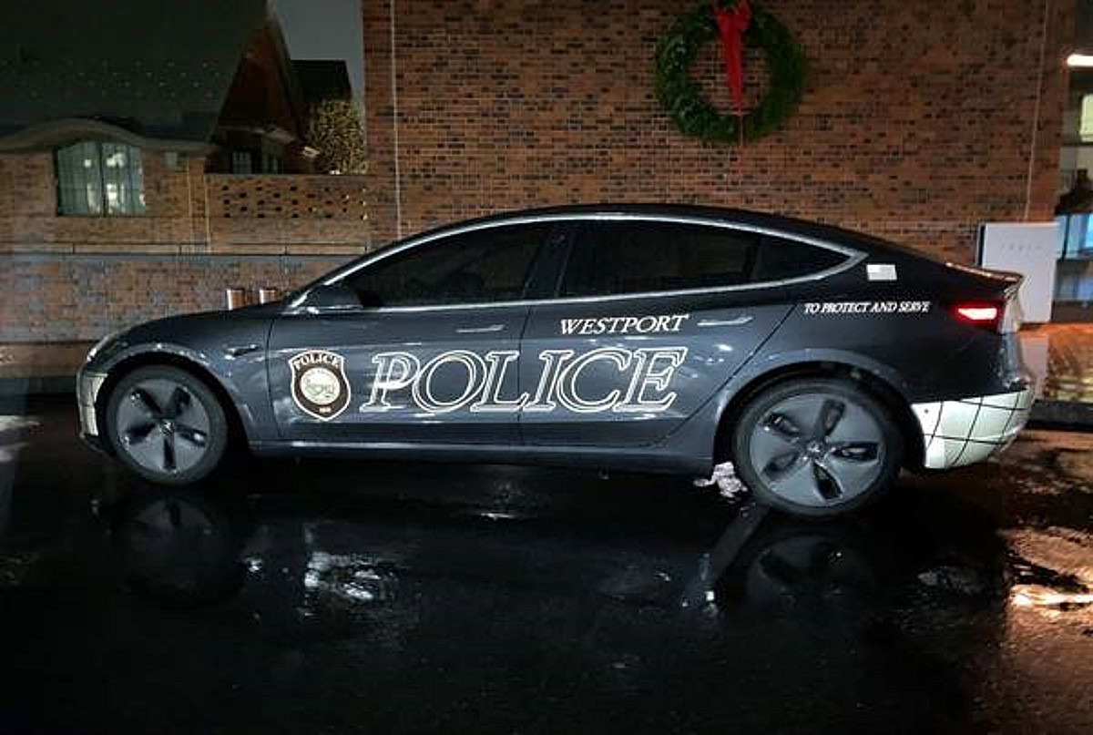 Tesla Model 3 Becomes First Squad Car For Connecticut