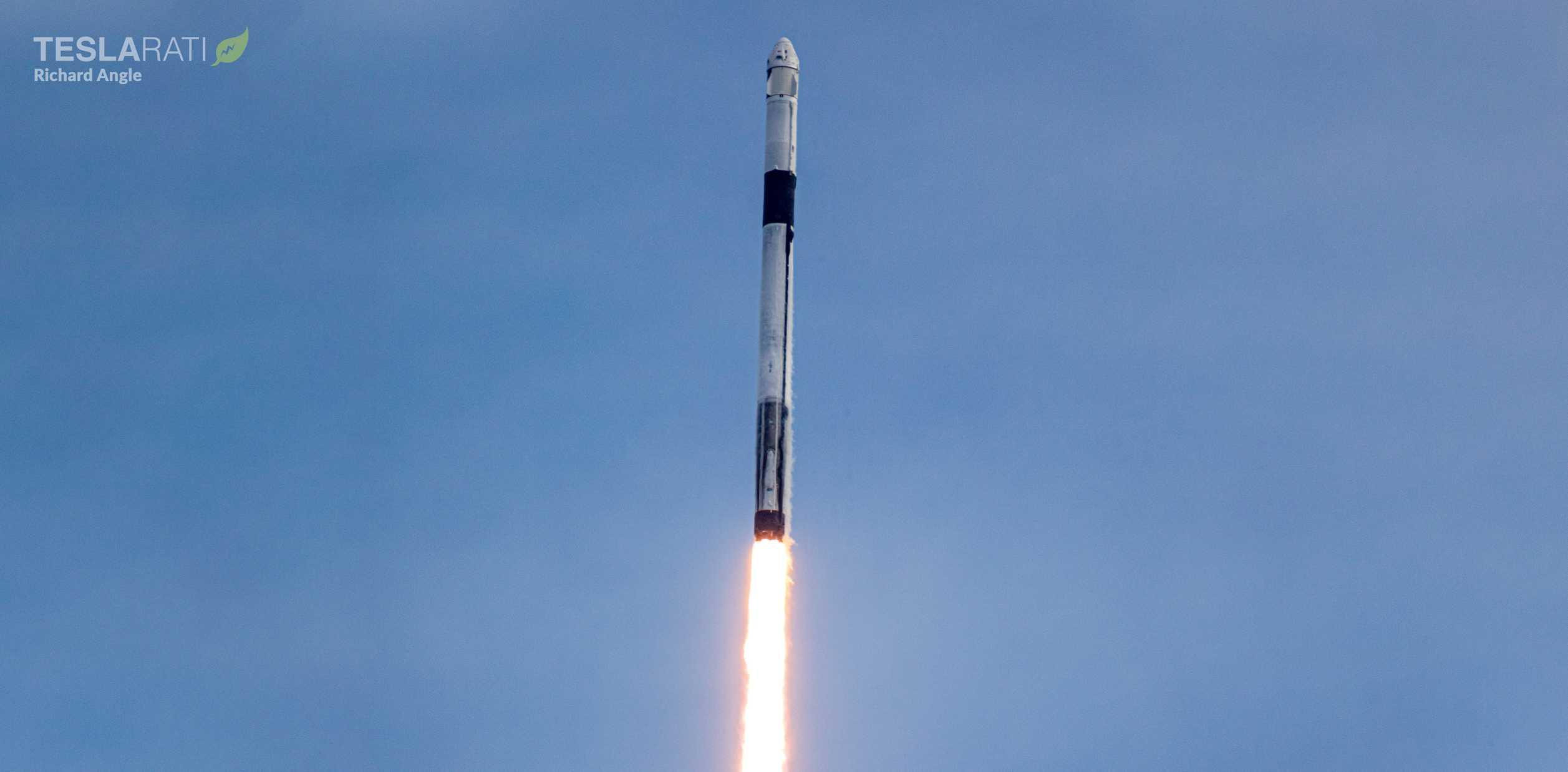 Crew Dragon C205 F9 B1046 IFA 39A launch 011920 (Richard Angle) (3) crop (c)