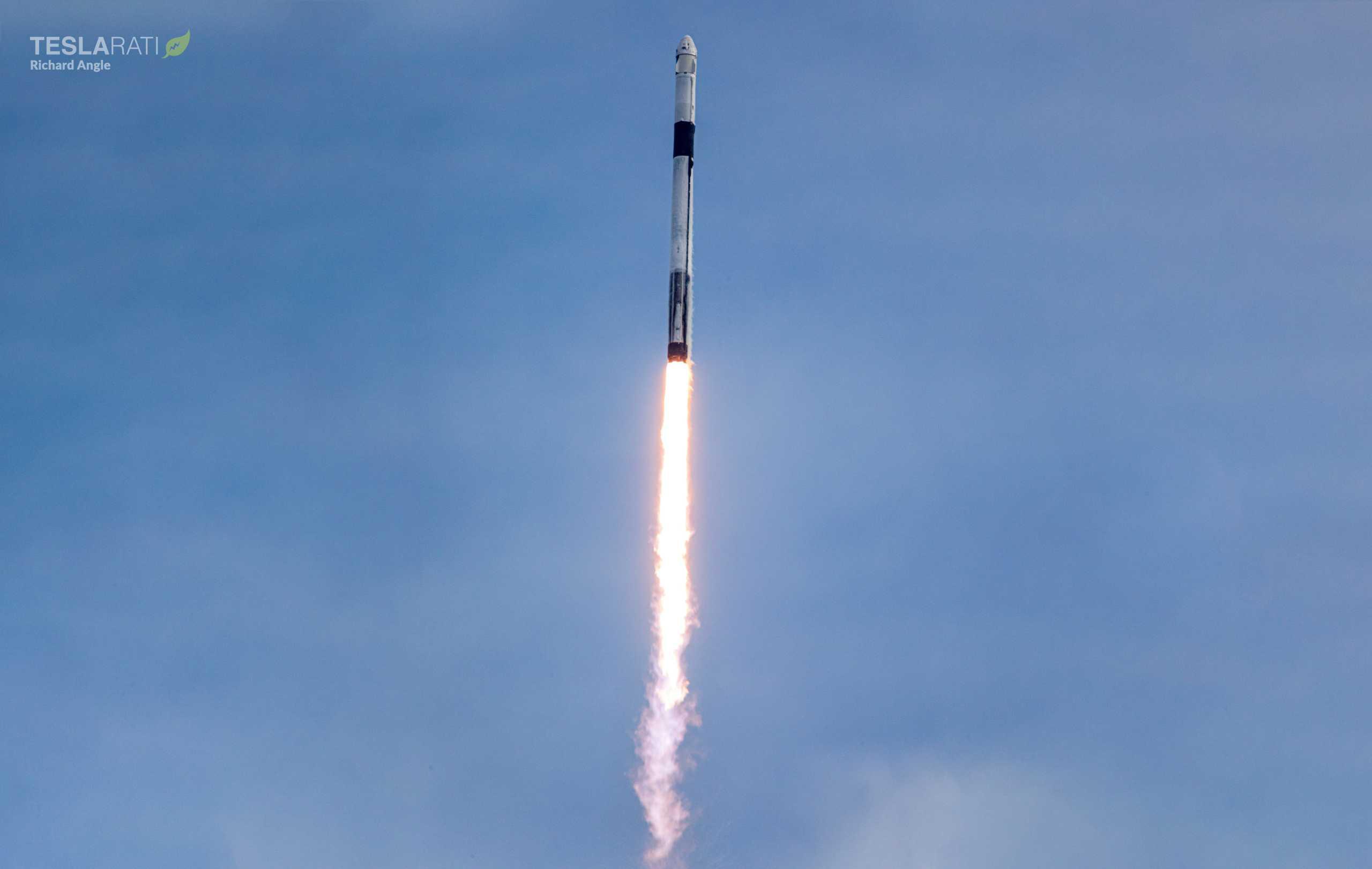 Crew Dragon C205 F9 B1046 IFA 39A launch 011920 (Richard Angle) (3) wide (c)