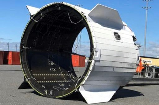 Crew Dragon C205 trunk recovery 012020 (SpaceX) 1 crop