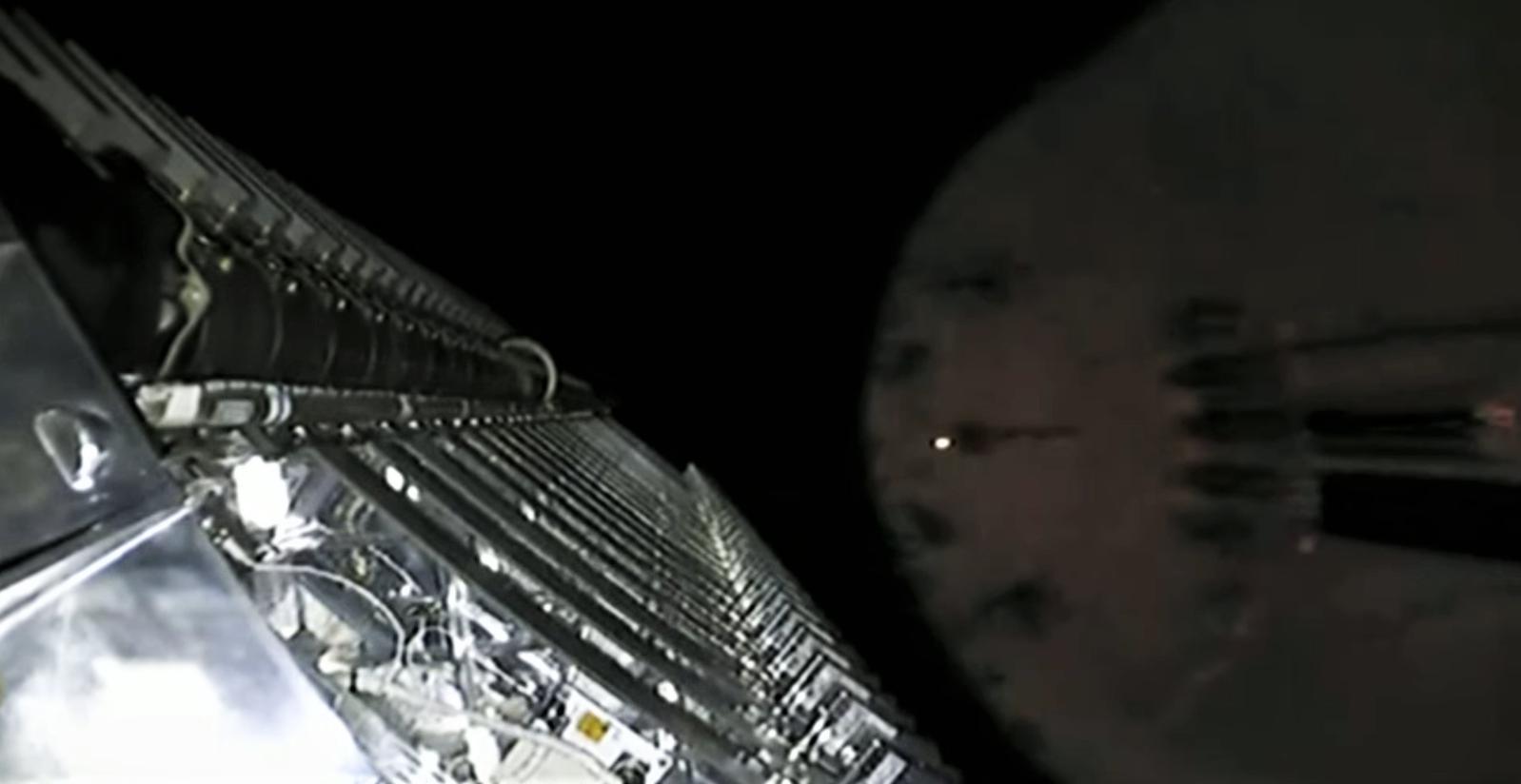 Starlink-2 Falcon 9 B1049 webcast (SpaceX) fairing sep 2 (c)
