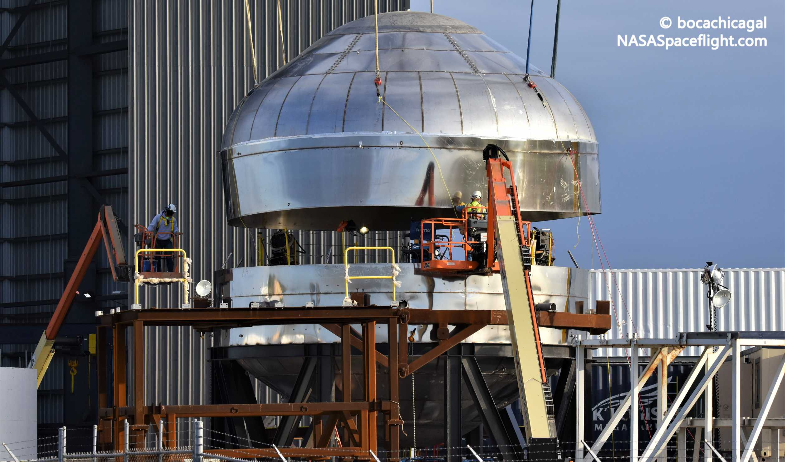 Starship Boca Chica 010720 (NASASpaceflight – bocachicagal) test tank 8 crop (c)