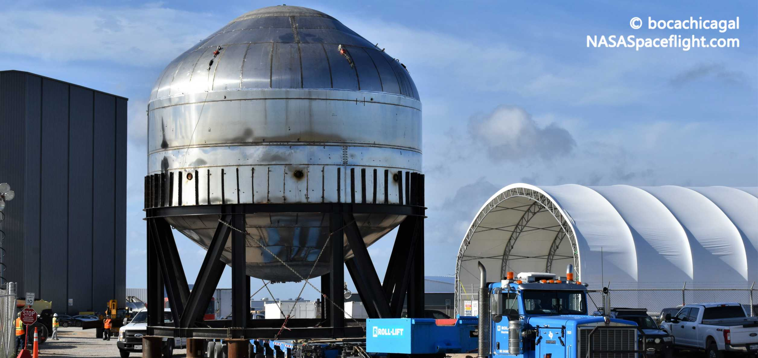 Starship Boca Chica 010920 (NASASpaceflight – bocachicagal) test tank transport 2 crop (c)