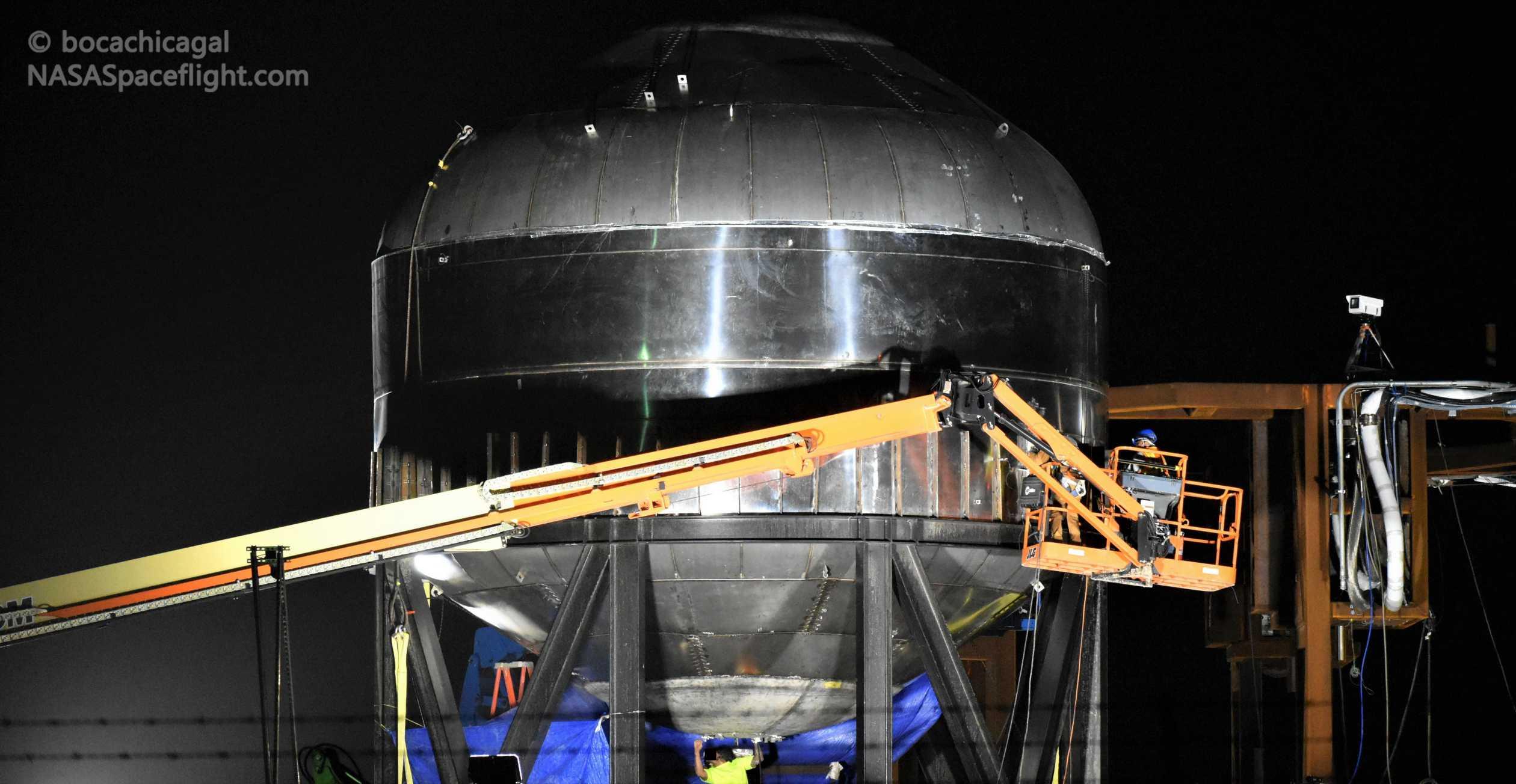 Starship Boca Chica 011020 (NASASpaceflight – bocachicagal) tesk tank prep 2 crop (c)