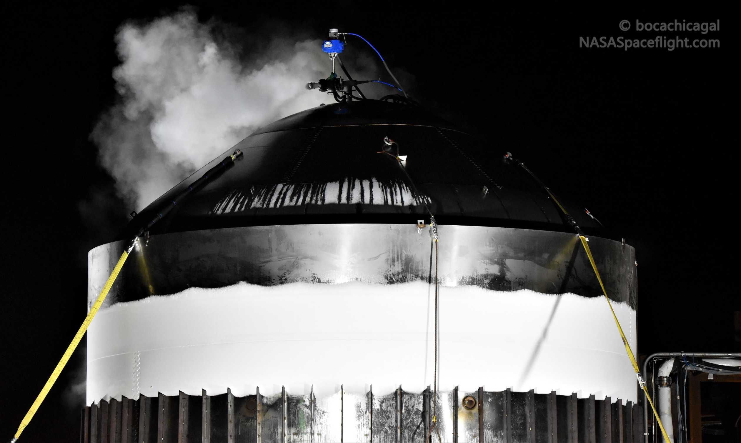 Starship Boca Chica 012820 (NASASpaceflight – bocachicagal) frosty test tank #2 4 (c)