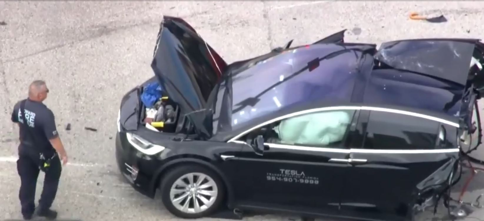 Tesla Model X Florida car crash 2