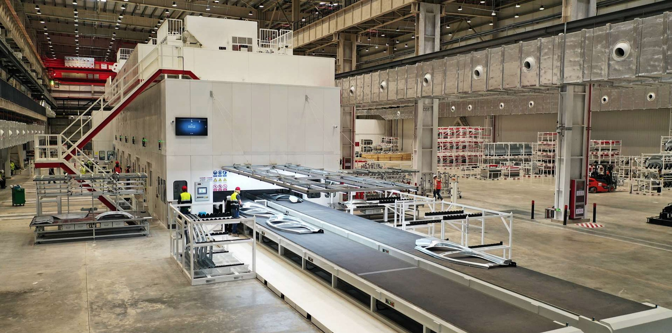 tesla-gigafactory-3-stamping-press-1