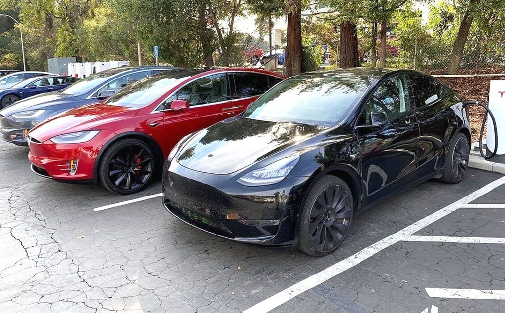 Why a Tesla Model Y update during the Q4 earnings call will set TSLA on fire
