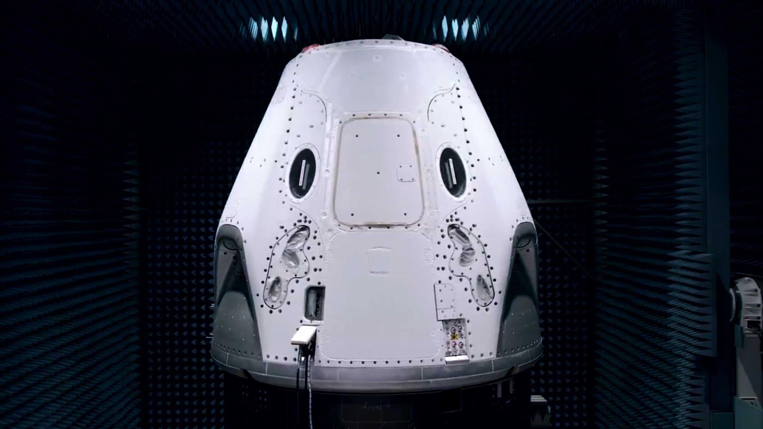 Crew Dragon C206 EMI test Feb 2020 (SpaceX) 4 (c)