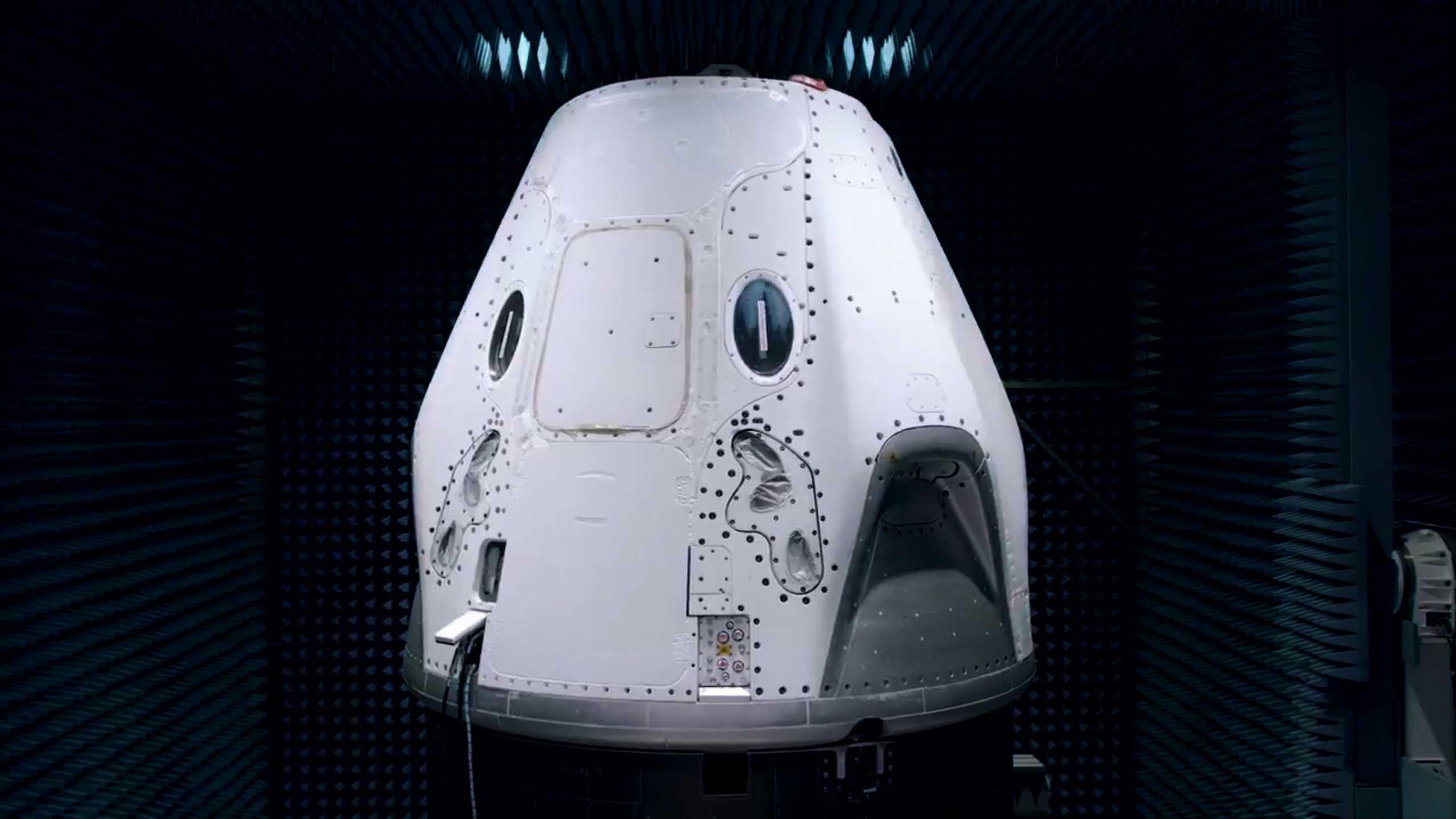 Crew Dragon C206 EMI test Feb 2020 (SpaceX) 9 (c)